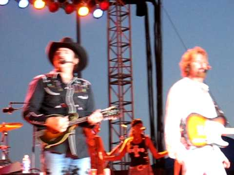 Brooks & Dunn Mississippi Valley Fair 2006 That's What It's All About