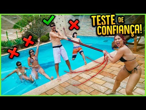 TESTE DE CONFIANÇA NA PISCINA MAIS GELADA!! ( NOVO MINI GAME ) [ REZENDE EVIL ]