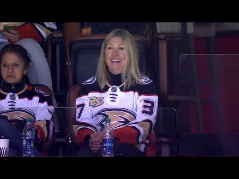 Anaheim Ducks moms recap annual mom's trip