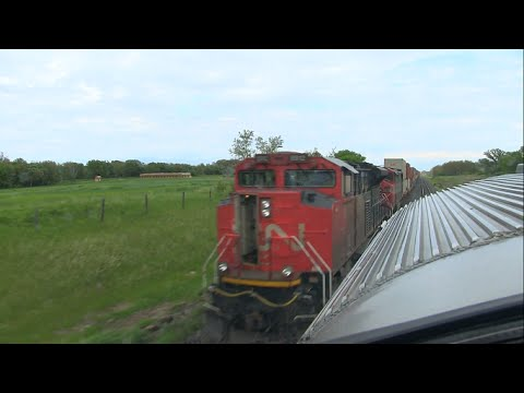 Trains of Canada: Canadian National Freight Trains