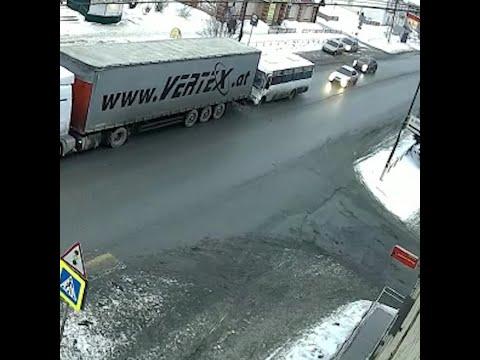 ДТП с 8 пострадавшими в Белоярском районе попало на видео   E1.RU