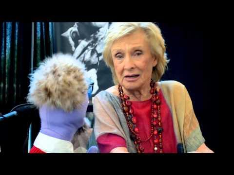 Monsterpalooza 2015: Cloris Leachman Interview