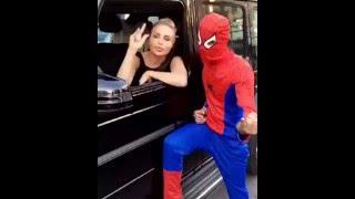 """بالفيديو.. رولا سعد تتلقى قبلة خاصة من """"سبايدر مان"""" في الشارع"""