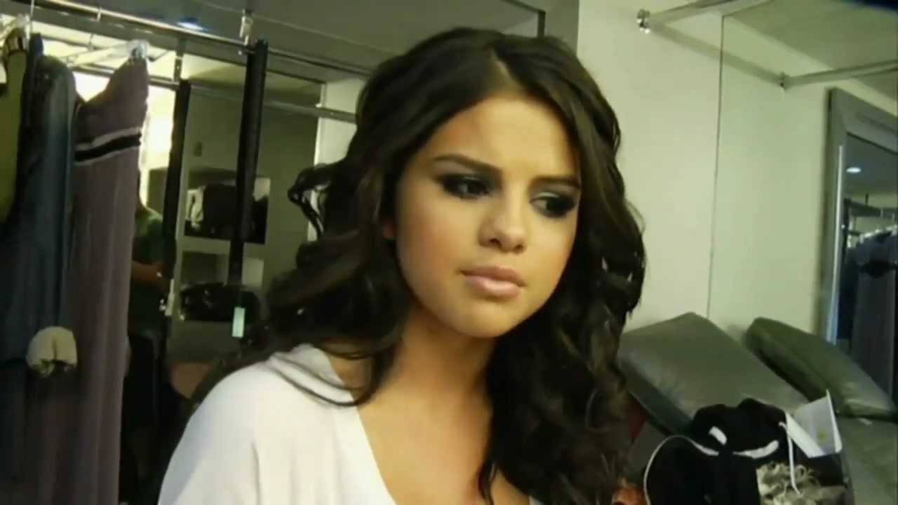 a666137ada521 Selena Gomez - A Year Without Rain (Behind the Scenes) - YouTube