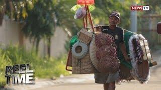 Reel Time: Pagtitinda ng mga kagamitang pambahay, pasan-pasan ng isang lalaki sa paglalako