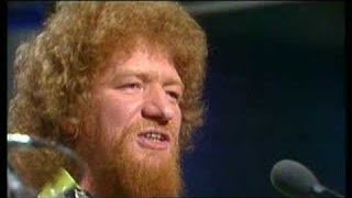 Luke Kelly-The Town I Loved so Well-Lyrics