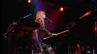 Tori Amos - Code red (ADP tour 2007)
