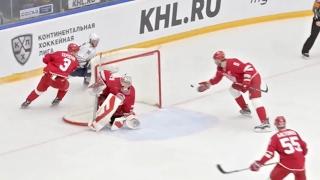 Alexei Semenov weird own net goal