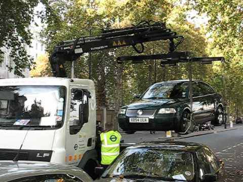 How cars are towed in London