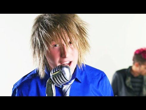 BryanStars - Shut Up And Kiss Me