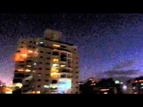 Siren & 2 Explosions From Holon Israel 25.8.2014 אזעקה ו-2 פיצוצים מחולון