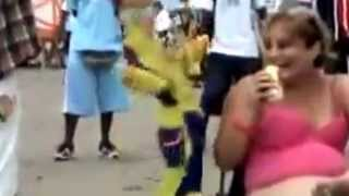 Funny pop dancing fore people. Awesome.