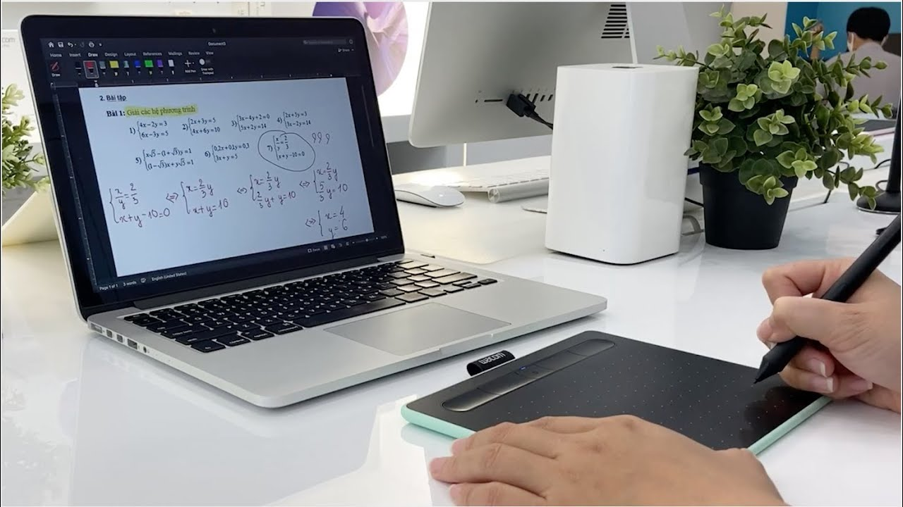 [Wacom Store in Vietnam] TEACHING ONLINE WITH WACOM INTUOS S CTL-4100WL
