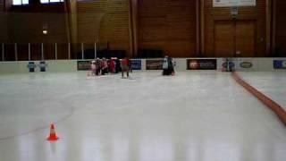 École primaire Bulle FR: les écoliers à la patinoire
