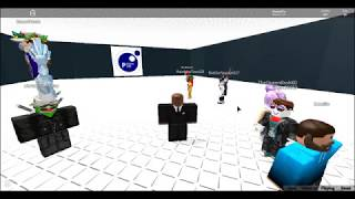 Killing Skills in Person299 Minigames as Barack Obama in ROBLOX in 2017 *NOT CLICKBAIT*
