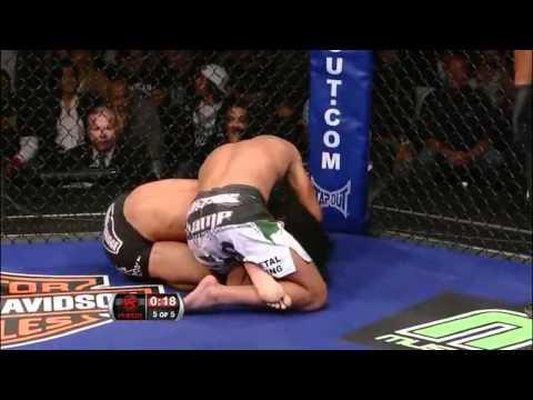Anthony Pettis Ninja Kick
