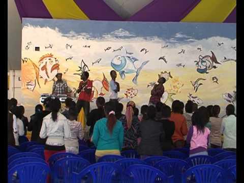 Dj Celeb n Hype Man Guda at Kids Church@Nairobi Chapel Part 1