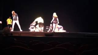 Cats Macavity fight scene