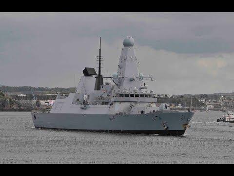 HMS DIAMOND D34 ENTERS DEVONPORT NAVAL BASE AT DEVIL'S POINT - 24th August 2018