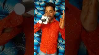 Nafrat ki duniya ko chhod ke karaoke singer Mohammed jumrati