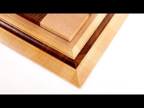 Internal end grain strip on the moulding of the chessboard frame