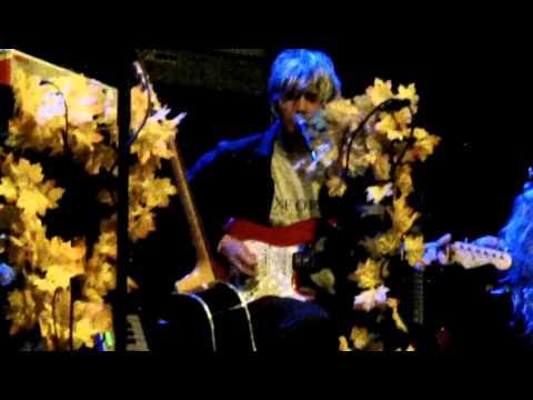 BOBBY - It's Dead Outside (live excerpt)