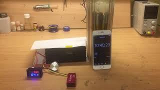 электролизёр работает от батарейки