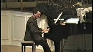 Pianist Bob Swift Stylizes Gershwin and Love Songs
