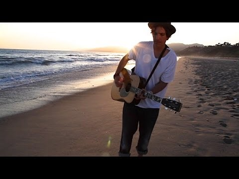 Matthew Moon Chasing The Sun  Video