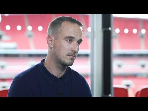 England Women's Manager Mark Sampson Denies Racism Allegations