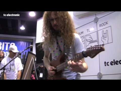 "Guthrie Govan - plays ""Waves"" Live"