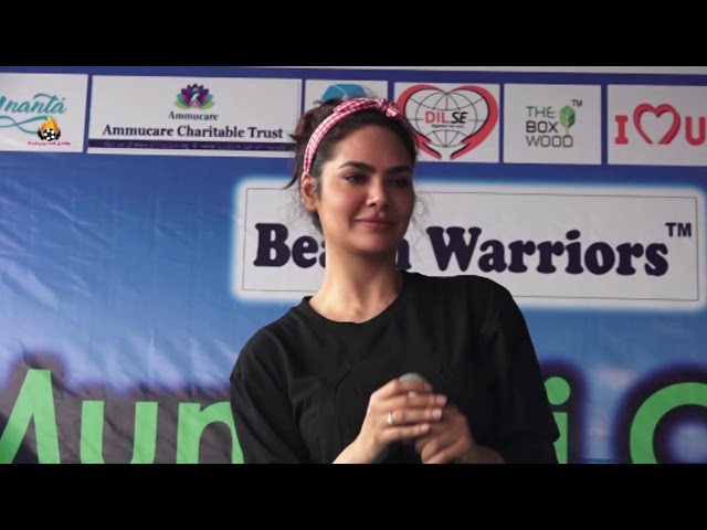 Esha gupta and naveli deshmukh at dadar  beach for celebrates 100th  week of dadar beach  cleanup