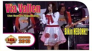 VIA VALLEN' .. Cover SAGGYDOG - SAYIDAN | MANTAFFF ... (Live Konser Yogyakarta 11 September 2013)