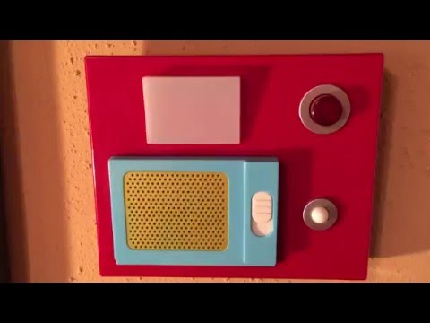 Aron gets a Star Trek Electronic Door Chime!