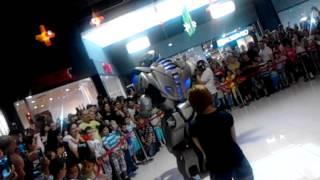titan robot .... braila mall