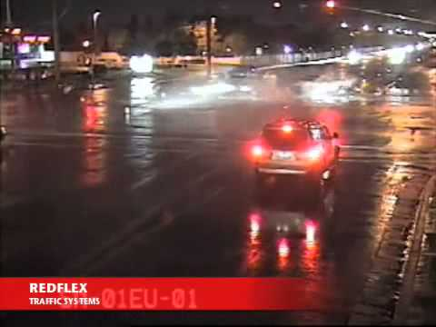 Redflex Traffic Systems   Red light running crash