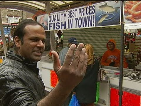 One Pound Fish: Brilliantly Enthusiastic Market Stall Holder Sings