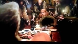 Cancion de los enanos el hobbit latino