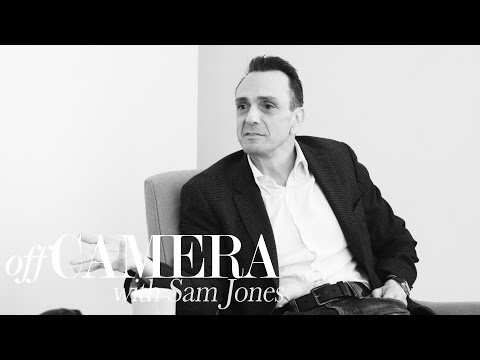 Hank Azaria is a master at mimicry
