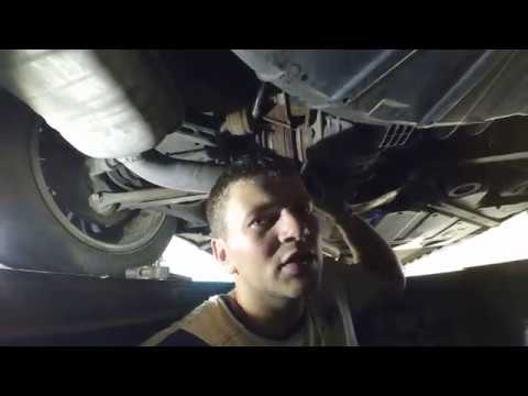 Замена масла в заднем редукторе BMW X3 E83 2005... Rear Oil Change Gearbox