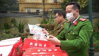 Bắt 10 tấn bánh, kẹo không rõ nguồn gốc, xuất xứ tuồn vào Hà Nội