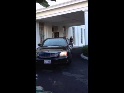 Iraqi PM Nouri al-Maliki leaving the White House