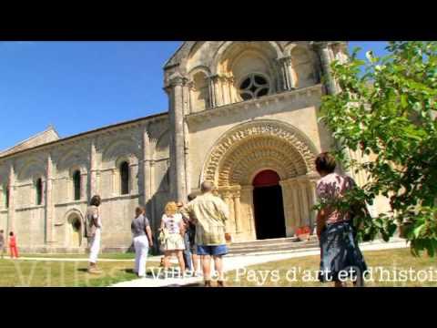 Visitez la librairie « Les Rebelles ordinaires » de La Rochellede YouTube · Durée:  2 minutes 11 secondes