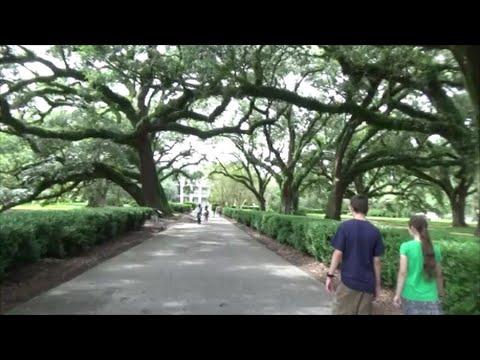 Oak Alley Plantation, Vacherie, Louisiana - Beyonce's Deja ...