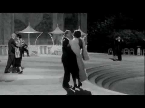 Felline Otto e Mezzo escena ball - YouTube