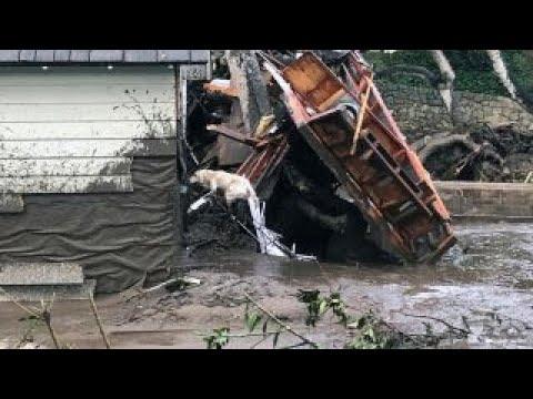 Frantic hunt for survivors in deadly California mudslides