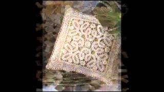 Симпатичные вязаные крючком подушки на диван(Данная коллекция диванных подушек, связанных крючком, может заинтересовать вас своим разнообразием.Здесь..., 2014-12-22T17:50:36.000Z)