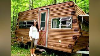 14 летняя девочка одолжила у родителей 200 баксов и купила фургон, чтобы сделать из него дом