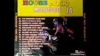 Live Full Motor Cross