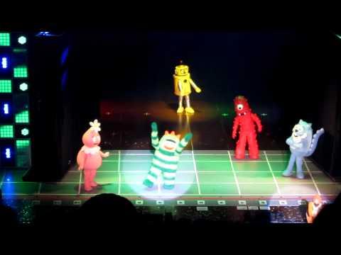 Yo Gabba Gabba Live - The Goodbye Song (Wang Theater Boston, Ma.)